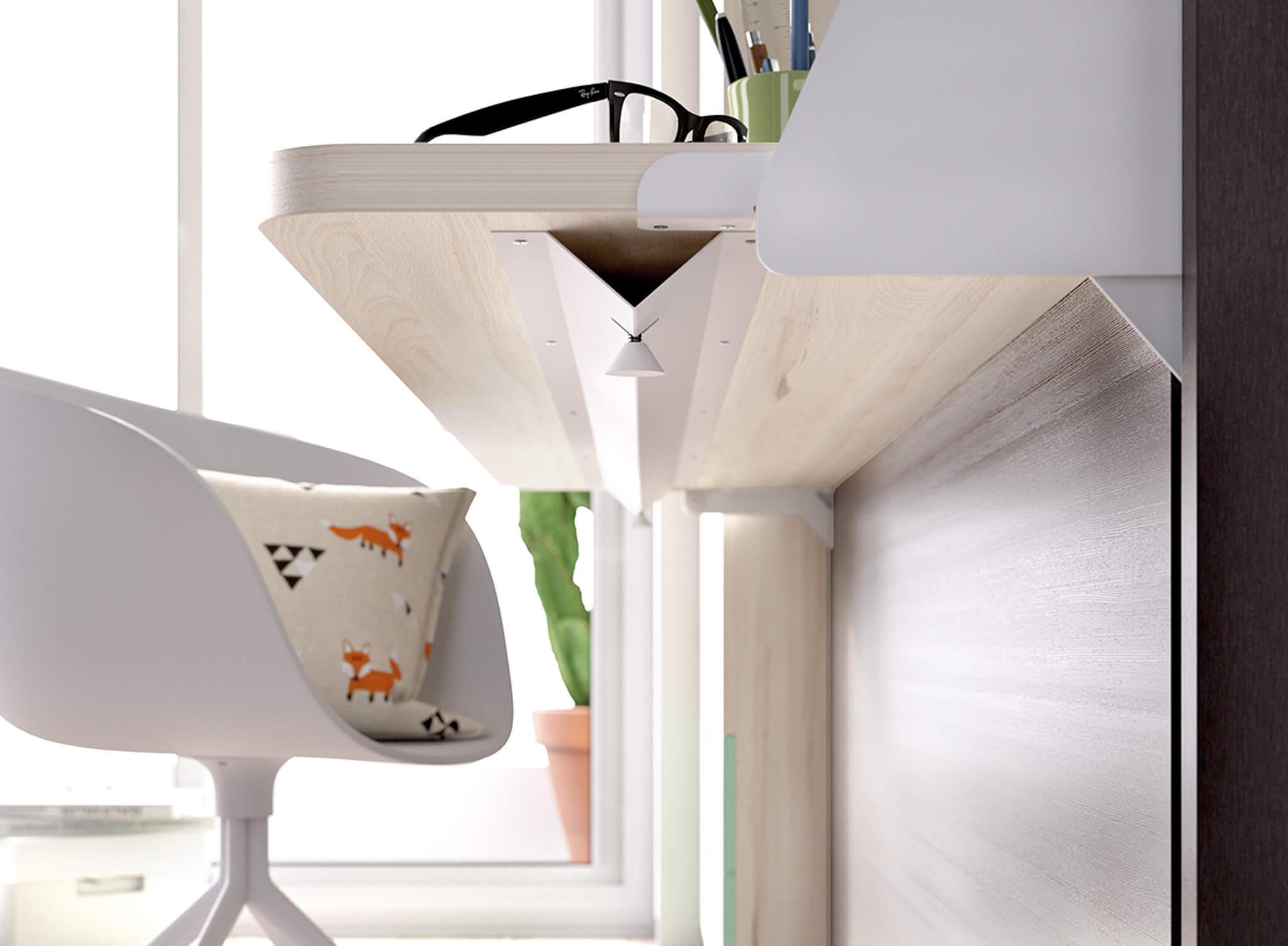 Single Horizontal with Desk